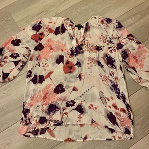 3/$25 Willi Smith floral peasant blouse